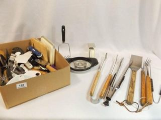 Kitchen  Grill Utensils   1 Box