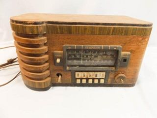 Zenith Standard  Short Wave Radio