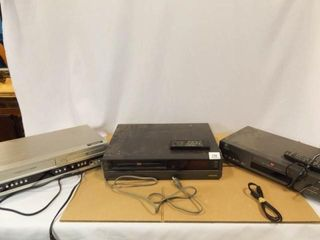 GE  Toshiba  Magnavox Players  2 remotes
