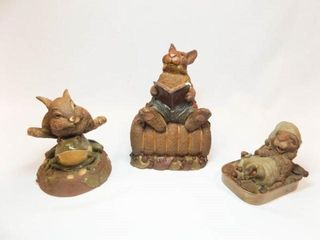 Tim Wolfe Rabbit Figurines  3