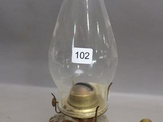 GlASS BRACKET OIl lAMP WITH CHIMNEY   12 H
