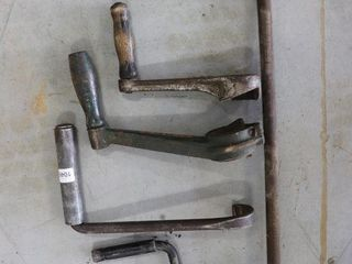 5 ASSORTED ENGINE CRANKS