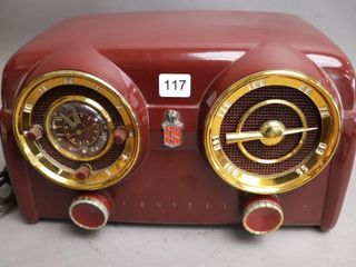 CROSlEY MODEl B25 RADIO   13 W X 8 H