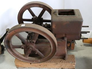 MASSEY HARRIS GAS ENGINE   MISSING PARTS