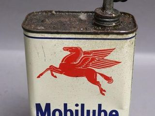 MOBIlUBE 2lB OIl CAN WITH SPOUT