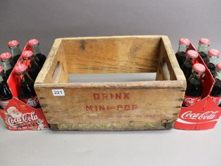 MINI POPS WOODEN CASE   12 COKE BOTTlES FUll