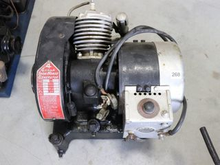 IRON HORSE MODEl EGI 300 ENGINE GENERATOR