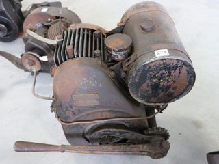 BRIGGS   STRATTON MODEl  M  ENGINE