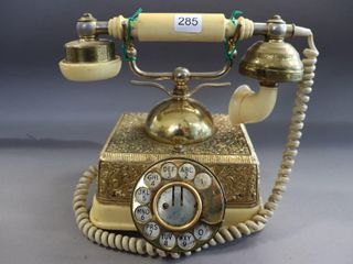 NORTHERN TElECOM DIAl TElEPHONE