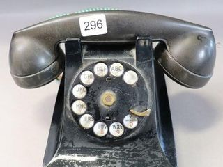 DESK TOP ROTARY TElEPHONE