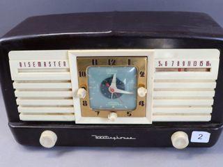 WESTINGHOUSE RISEMASTER VINTAGE RADIO