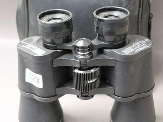 TASCO 10X50 MM BINOCUlARS AND CASE