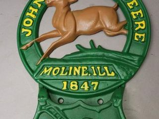 JOHN DEERE 1847 CAST WAll HOlDER   REPRODUCTION