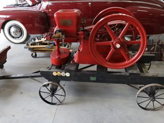 THE MIlWAUKEE STATIONARY ENGINE ON 4 WHEEl