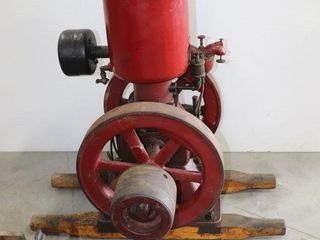 lONDON D 2 UPRIGHT ENGINE