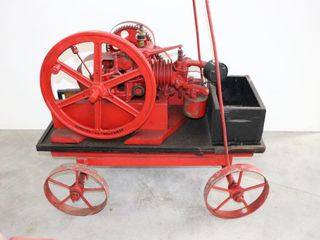 AERMOTOR CHICAGO 1 1 4 ENGINE ON 4 WHEEl CART