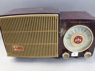GENERAl ElECTRIC MUSAPHONIC VINTAGE RADIO