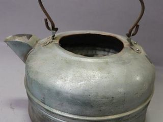 COPPER TEA KETTlE   9 D