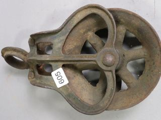 METAl ANTIQUE PUllEY 10