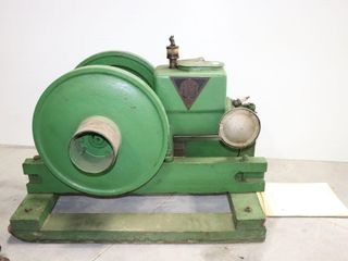 AlPHA 1 1 2 HP TYPE FW STATIONARY ENGINE AND