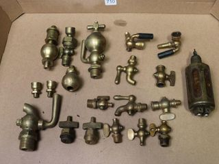 GROUP OF ASSORTED SMAll BRASS VAlVES