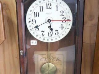 NEW ENGlAND WAll ClOCK WITH KEY