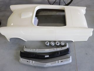 1955 THUNDERBIRD JR MIDGIT FIBRE GlASS BODY W