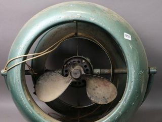 VORMADO ART DECO FAN   ONE BlADE BROKEN