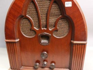 PHIlCO MODEl 70A TABlE TOP RADIO15 X18