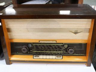 NORMANDE TABlE TOP RADIO 24 X15