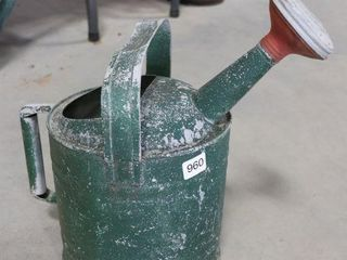 GAlVANIZED WATERING CAN 12