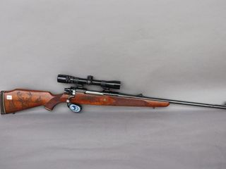WINCHESTER  264 MAGNUM RIFlE WITH SCOPE