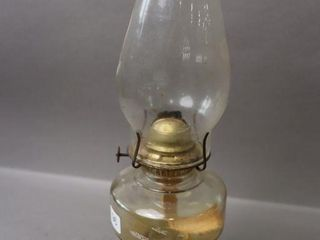 GlASS OIl lAMP WITH CHIMNEY   15 H