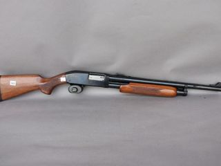 SQUIRES BINGHAM 12 GAUGE PUMP ACTION MODEl 30 DG