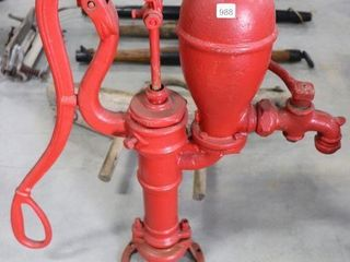 BROCKVIllE ONTARIO CAST WATER PUMP 32