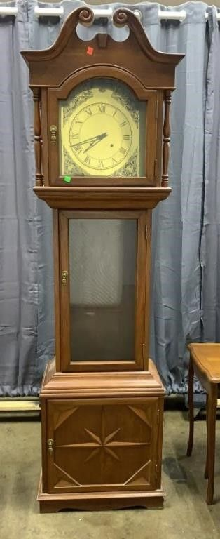 Unmarked Clock 20x11x75 Does Not Have Finial
