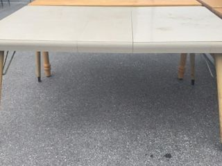 Table W/ Leaf And Spindle Legs 61x37x30