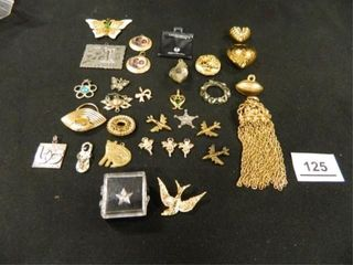 Pendants  Pins  Charms   31  Items