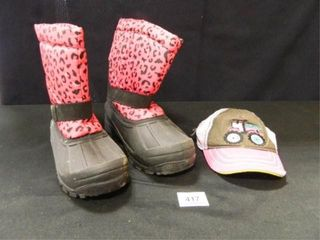 Girl s Snow Boots  Size 13  Cap