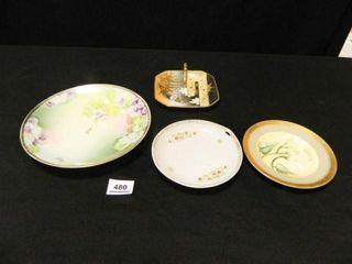 Decorative Plates   4  Assorted