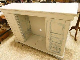 Cabinet w Storage Underneath