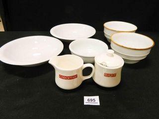 Bowls  5  Sugar   Creamer