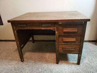 Wood Desk   42 in  x 30 in  x 30 in