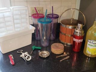 Bar Accessories  Ice Trays  and Travel Beverage Cups