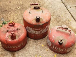 3 Metal Gas Cans