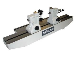 Mitutoyo 967 201 10 Bench Center  11 8 300 mm