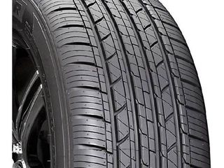 Milestar MS932 Sport All Season Radial Tire   225 45R17 94V
