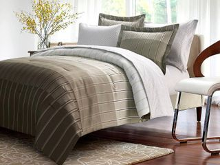 Ombre Stripe 8 piece Bed In Bag