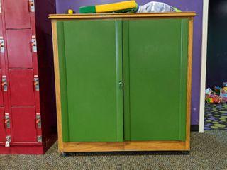 Wooden locking Cabinet