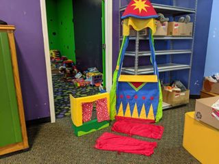 2  Puppet Show Stages